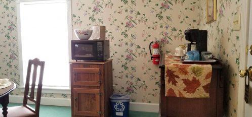 #7 Gardenia Suite